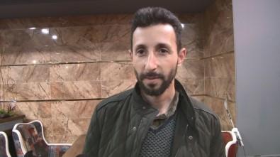 Vatandaşlar Korkunca Tabeladaki 'Vosvosları' Sökmek Zorunda Kaldı