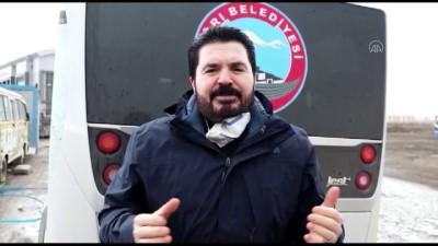 Ağrı Belediye Başkanı Sayan, Vatandaşları Koronavirüse Karşı Türkçe Ve Kürtçe Uyardı