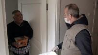BEYOĞLU BELEDIYESI - Beyoğlu Belediyesi Evden Çıkamayan Yaşlıları Unutmadı