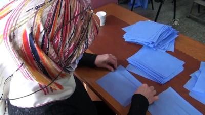 Çorum'daki Hastanelerin Maske İhtiyacını Ev Hanımları Karşılıyor