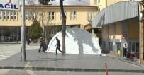 ERSİN ARSLAN - Gaziantep'te Hastane Bahçelerine Triaj Çadırı Kuruldu
