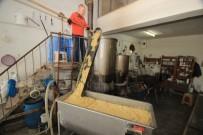 FAZLA MESAİ - (Özel) Bin Yıllık Yöntemle Yapılan En Doğal Dezenfektan 'Sabun'