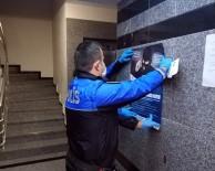 TOPLUM DESTEKLI POLISLIK - Polis Ev Ev Dolaşıp Korona Virüs Dolandırıcılarına Karşı Uyardı