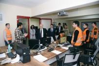 MOTORİZE EKİP - Vali Köşger, Vefa Sosyal Destek Çağrı Merkezi'ni Ziyaret Etti