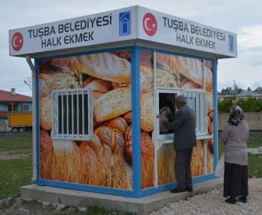 Vanlılar Zam Fırsatçılığı Yapan Fırıncılar Yerine Halk Ekmek İstiyor