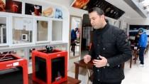 ALİ ŞAHİN - Balıkesir'de Koronavirüse Karşı 3D Yazıcılarla Siperlik Üretimi Başladı