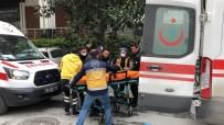 OLAY YERİ İNCELEME - Beylikdüzü'nde Maske Satışında Silahlı Kavga Açıklaması 4 Yaralı