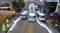 DEZENFEKSİYON - Erzurum'da 185 Kişilik Belediye Ekibi, Kovid-19'A Karşı Dezenfeksiyon Çalışması Yapıyor