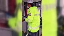 İŞARET DİLİ - İstanbul Polisinden Engelli Vatandaşlara İşaret Diliyle 'Evde Kal' Çağrısı