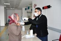 AKSARAY ÜNIVERSITESI - Aksaray'da Hastaneye Gelen Her Vatandaş Kontrolden Geçiriliyor