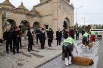 BURHAN ÇAKıR - Erzincan'da Korona Virüs Salgınının Bitmesi İçin Kurbanlar Kesildi, Dualar Edildi