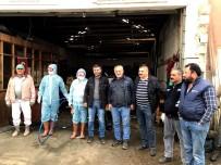 ESNAF VE SANATKARLAR ODASı - Sarıgöllü Esnaftan Dezenfekte Çalışması