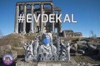 MEDENİYETLER - Zeus Heykeline Maske Takıp 'Evde Kal' Çağrısı Yapıldı