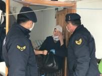 GÖZYAŞı - 65 Yaş Üstü Vatandaşın Yardımına Jandarma Koştu