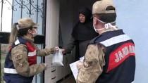 KARAKOL KOMUTANI - Jandarma İhtiyaçlarını Karşıladığı Yaşlılara Devletin Şefkatli Elini Uzatıyor