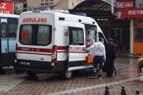 YAŞLI ADAM - Malatya'da Sokakta Fenalaşan Yaşlı Adam Ekipleri Alarma Geçirdi