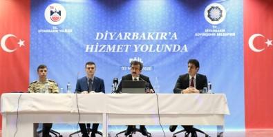 Vali Güzeloğlu Açıklaması 'Diyarbakır'ın 17 İlçesinde Hizmet Seferberliği Ve Gayreti İçindeyiz'