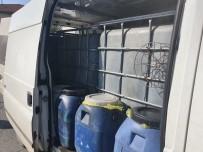 Antalya'da Minibüste Kaçak Akaryakıt Ele Geçirildi