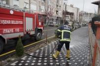NEVŞEHİR BELEDİYESİ - Nevşehir'de Cadde Ve Sokaklar Dezenfekte Ediliyor
