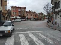 MEMUR - Sokaklar Boşaldı