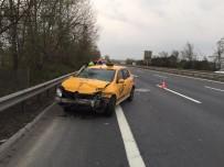TAKSİ ŞOFÖRÜ - TEM Otoyolunda Kontrolden Çıkan Ticari Taksi Bariyerlere Çarptı Açıklaması 1 Yaralı