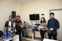 PAMUKKALE ÜNIVERSITESI - Üniversiteli Öğrenciler Korona Virüs İçin Yüz Siperliği Üretti