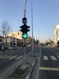 KIRMIZI IŞIK - Trafik Lambalarında 'Evde Kal' Mesajı