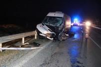 Mersin'de İşçi Otobüsü İle Otomobil Çarpıştı Açıklaması 1 Ölü, 11 Yaralı