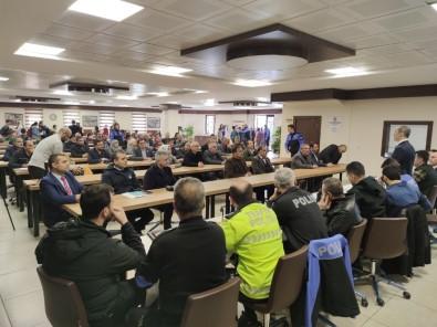 Polis Vatandaşlar 'Huzur Toplantısında Buluştu