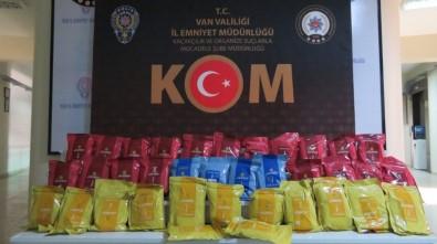 Van'da 1 Ton 940 Kilogram Kaçak Nargile Tütünü Ele Geçirildi