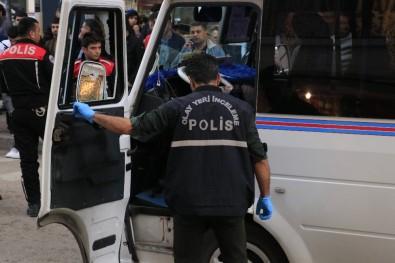 Adana'da Bir Minibüs Şoförü Öldürüldü