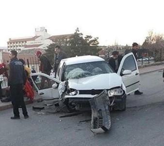 Kırşehir'de Otomobilin Devrildi Açıklaması 1 Ölü