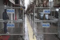 OKTAY KALDıRıM - Elazığ'ın İşlek Caddelerinde Korona Virüs Önlemi Arttırıldı