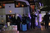 UMRE - Karamanlı 64 Umreci Yakınlarına Kavuştu