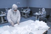 KÜÇÜKKÖY - Lisede Cerrahi Maske Makinesi İle Günde 100 Bin Cerrahi Maske Üretiliyor