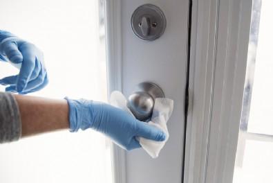 Temizlik malzemeleri koronavirüsü öldürür mü?