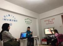 BARTIN ÜNİVERSİTESİ - 3 Kardeşin Uzaktan Eğitimdeki Özverisi Büyük Beğeni Topladı