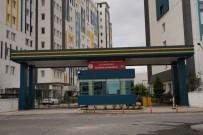 DICLE ÜNIVERSITESI - Büyükşehir Belediyesi Toplu Yaşam Alanlarına El Dezenfekte Üniteleri Yerleştirdi
