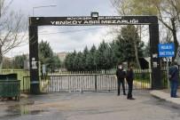 YENIKÖY - Diyarbakır'da Vatandaşlar Mezarlıkların Kapısından Döndü