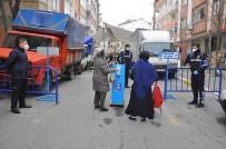 PAZARCI ESNAFI - Eyüpsultan'da Pazarlarda Giriş Çıkış Noktaları Oluşturuldu