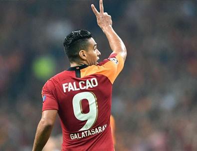 Galatasaray'ın yıldızı Falcao için flaş iddia!