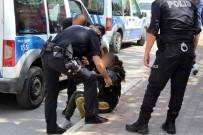 ADNAN MENDERES - Antalya'da genç kadın dehşeti yaşadı!
