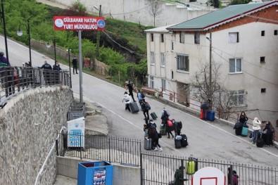 Trabzon'daki Yurtlarda 510 Kişi Karantinada Tutuluyor