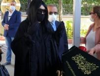 CENAZE NAMAZI - Bülent Ersoy'un duası gündem oldu!