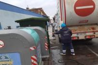GERİ DÖNÜŞÜM - Çöp Konteynerleri Yıkanarak Dezenfekte Edildi