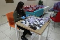 GENÇLİK VE SPOR BAKANLIĞI - Gençlik Merkezi'nde 'Korumalı Maske' Mesaisi