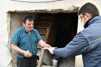 ÖMER SEYMENOĞLU - Isparta'da Sosyal Yardım Ödemeleri Vatandaşların Evlerinde Yapılıyor