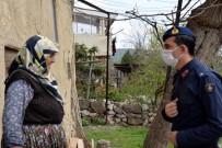 GÖKKAYA - Jandarma komutanını görünce duygulandılar