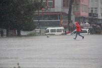 GÜNEŞLI - Koronadan Kaçmayanlar Yağmurdan Kaçtı