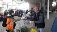 PAZARCI - Kuyucak Belediyesi Pazaryerlerinde Esnafa Maske Dağıttı